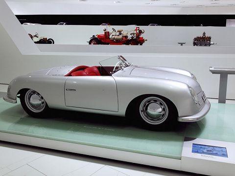 20180608 porsche 911 speedster concept  02.jpg