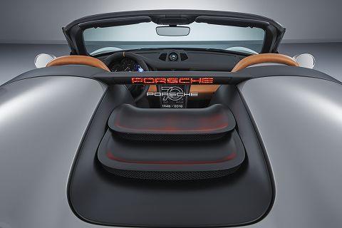 20180608 porsche 911 speedster concept  06.jpg